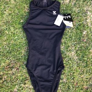 NWT TYR One-Piece Durafast Waterpolo Fit